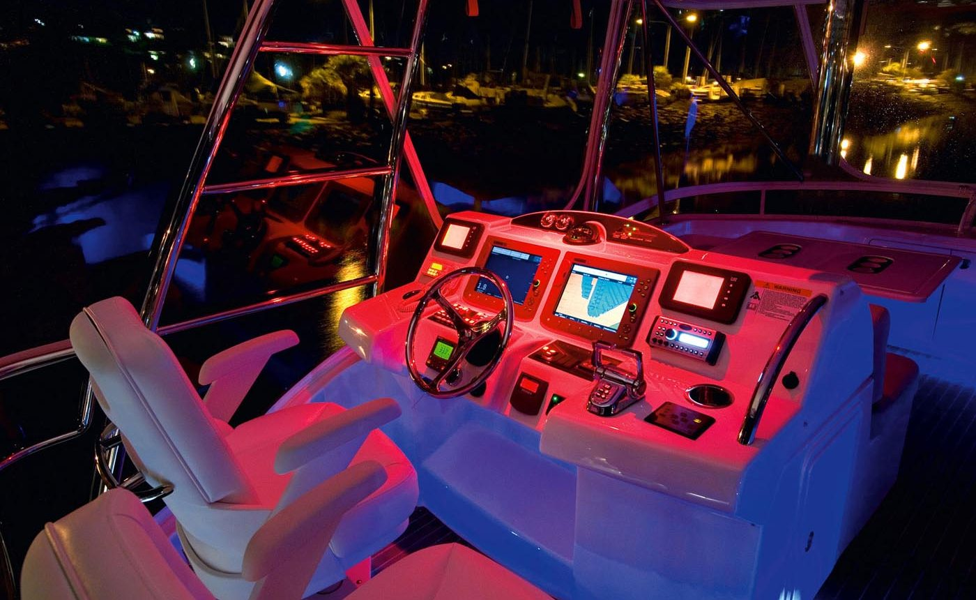 Riviera 45 Open Flybridge - Helm at night