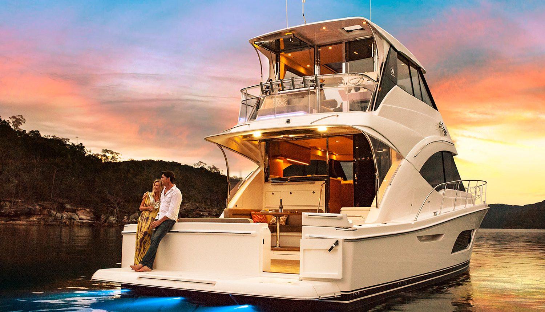 Riviera 57 Enclosed Flybridge - anchored