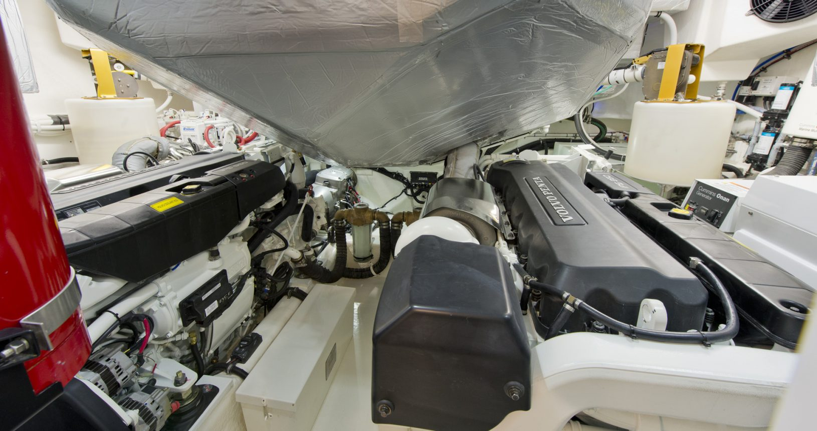 Riviera 6000 sports yacht for sale - engine