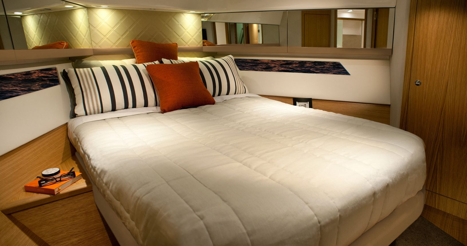 Riviera 445 SUV for sale - Master Stateroom