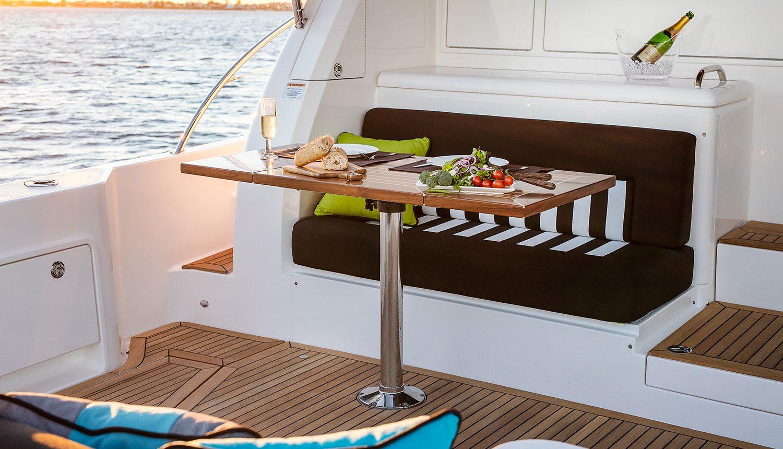 Riviera 525 SUV Yacht for Sale - Mezzanine