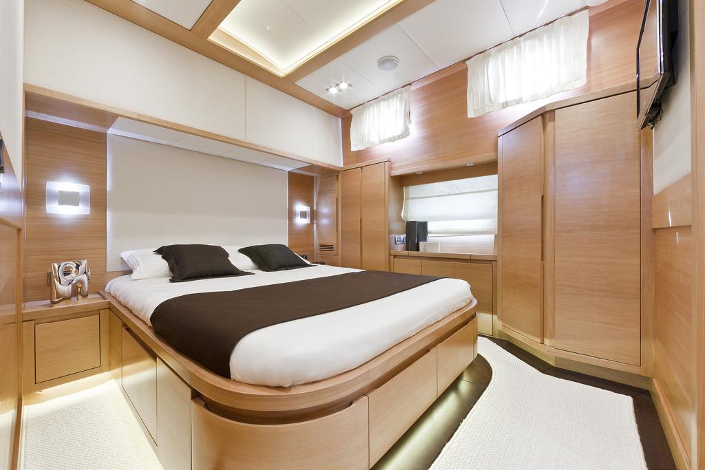 Vicem 82 Cruiser - VIP stateroom