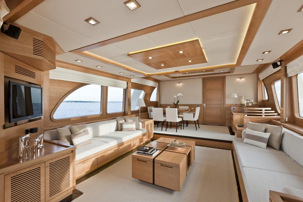 Vicem 82 Cruiser - main deck