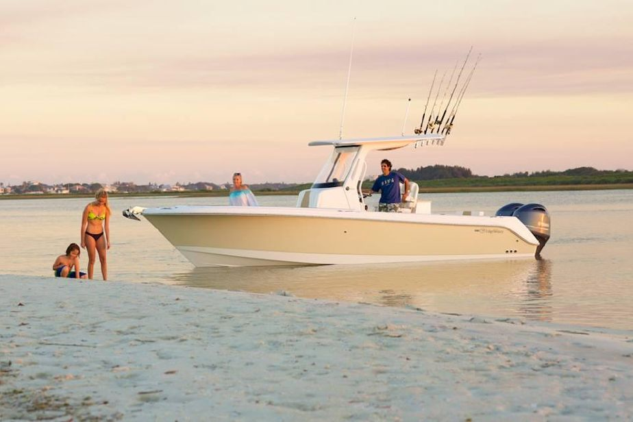 Edgewater 262CC for sale - anchored