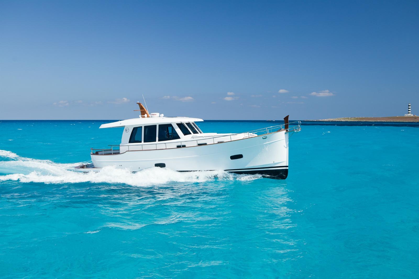 Islander 42 yacht for sale