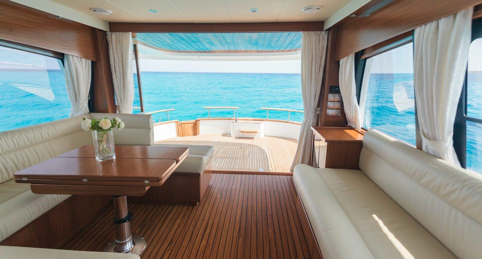 Minorca Islander 54 flybridge yacht for sale - salon