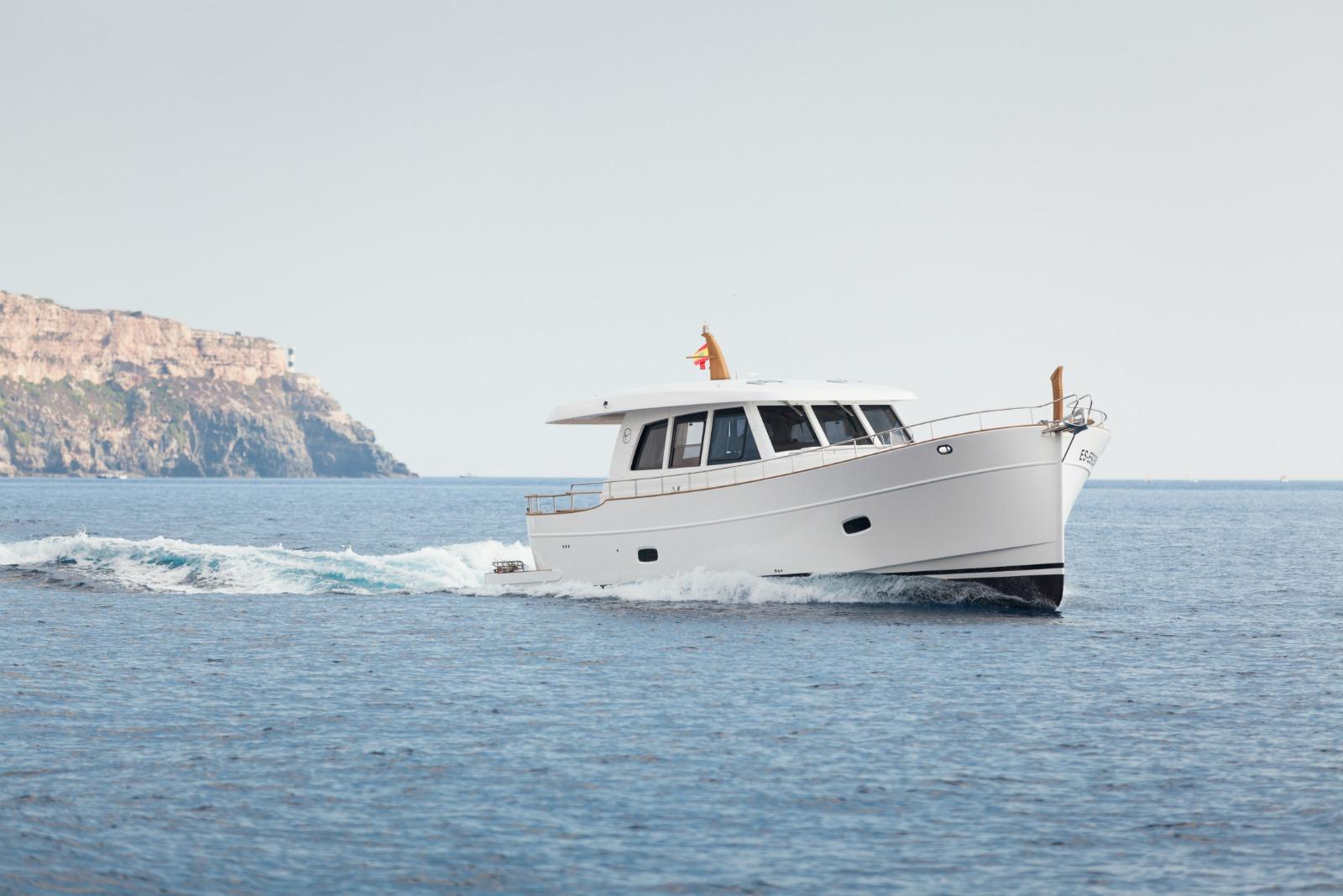 Islander 54 yacht for sale
