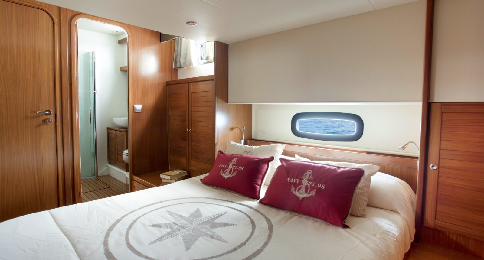 Minorca Islander 54 yacht for sale - master stateroom