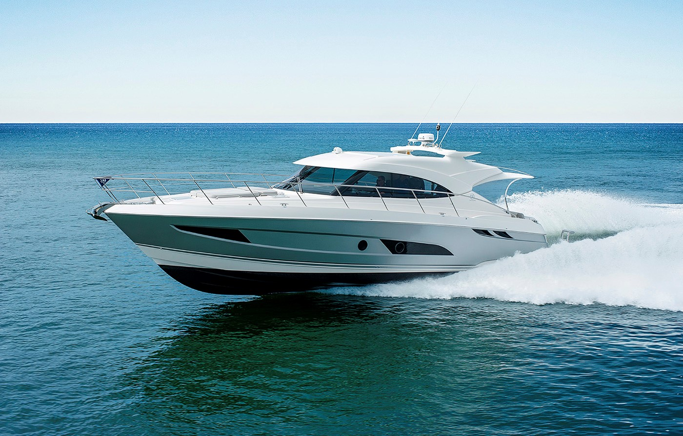 Riviera 4800 Sport Yacht for Sale - Running