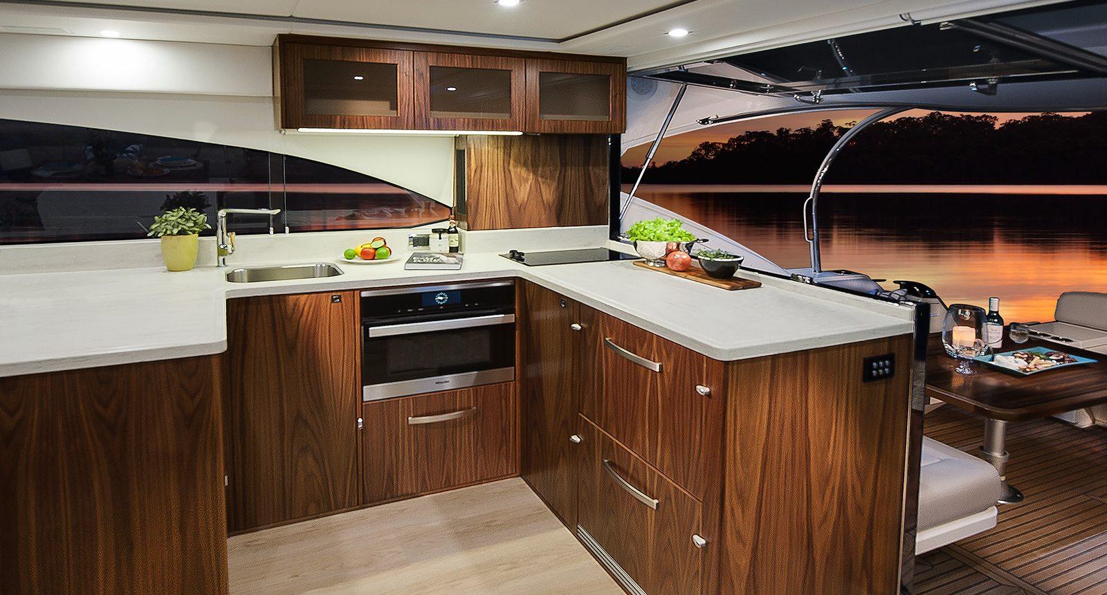 Riviera 5400 Sport Yacht - galley