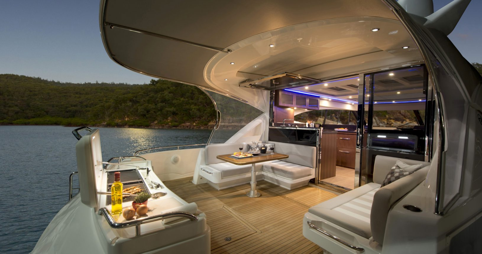 Riviera 6000 sports yacht - aft deck