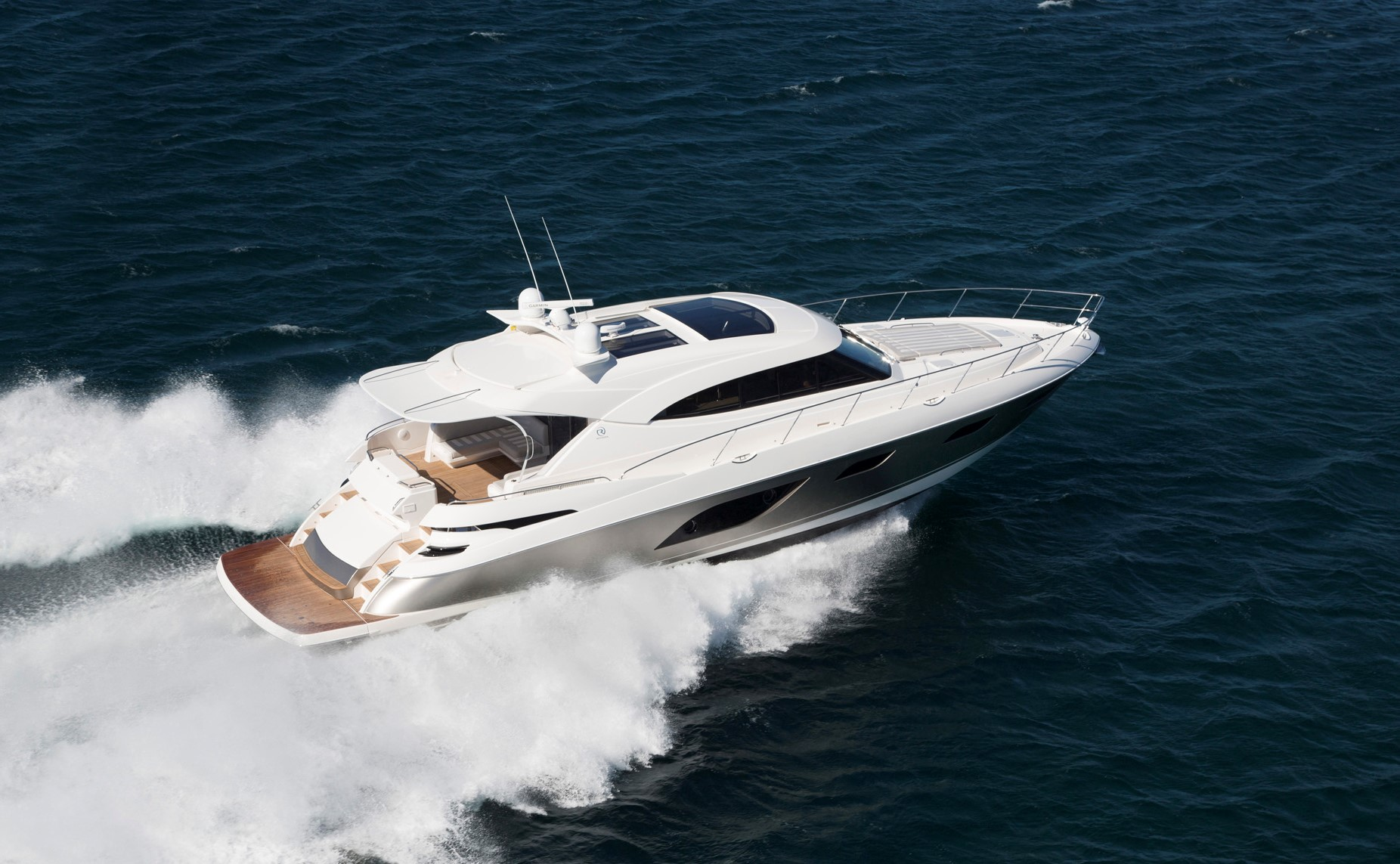 Riviera 6000 Sport Yacht for Sale - running