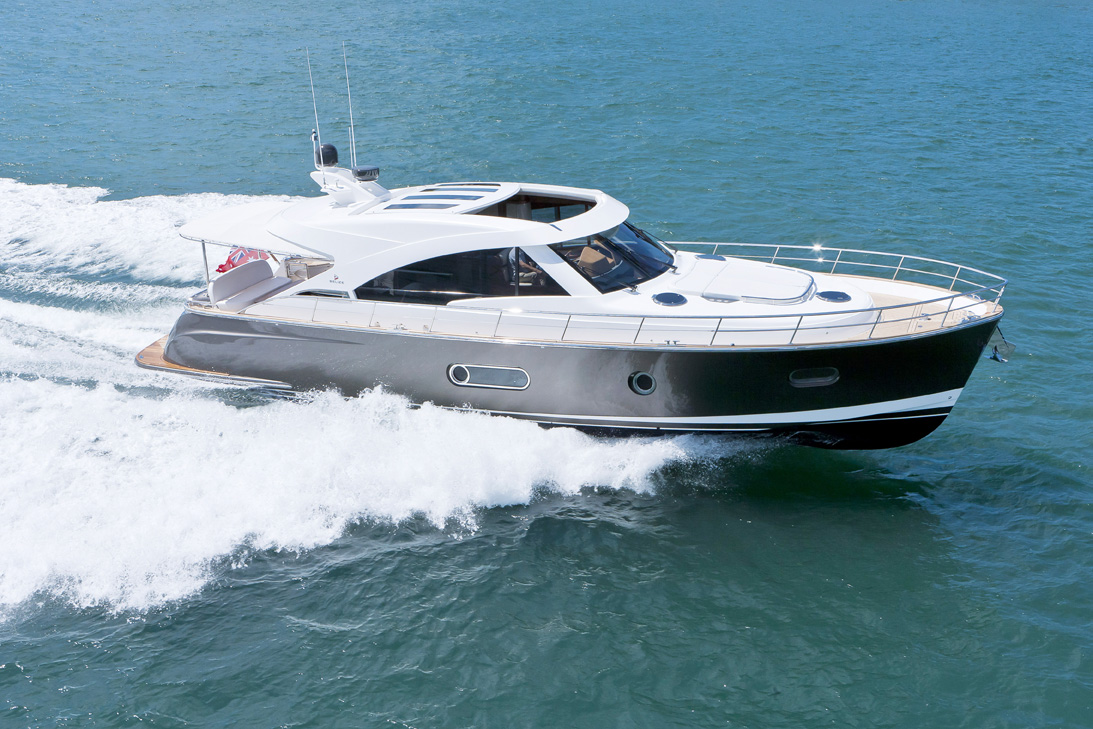 belize-motoryachts-54-hardtop-for-sale