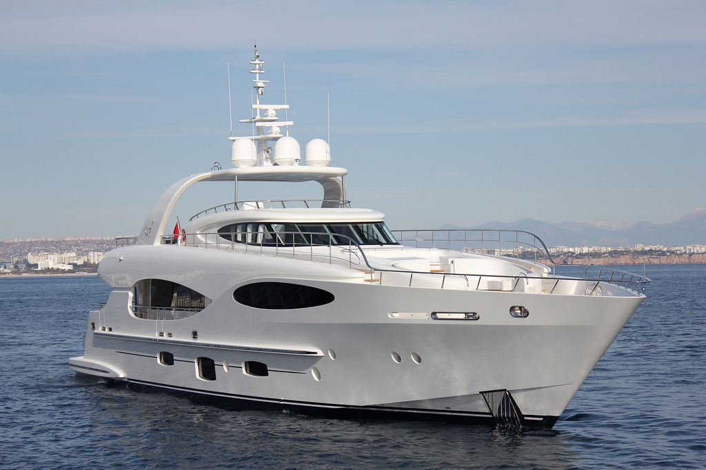 Vicem 110' (32M) Raised Pilothouse 1