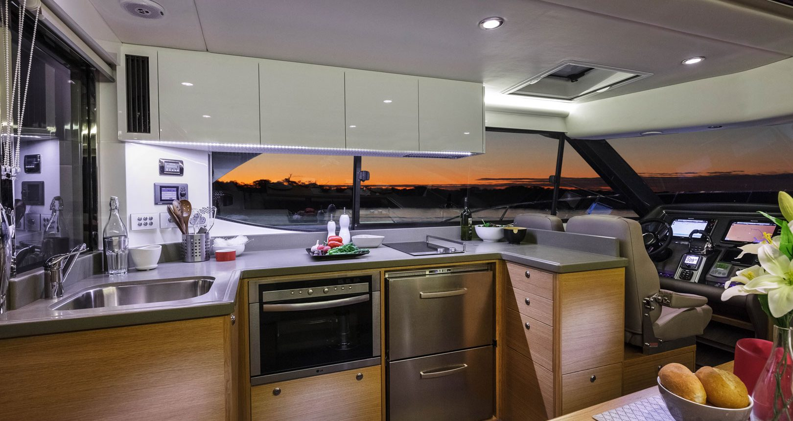 Riviera 445 SUV for sale - Galley