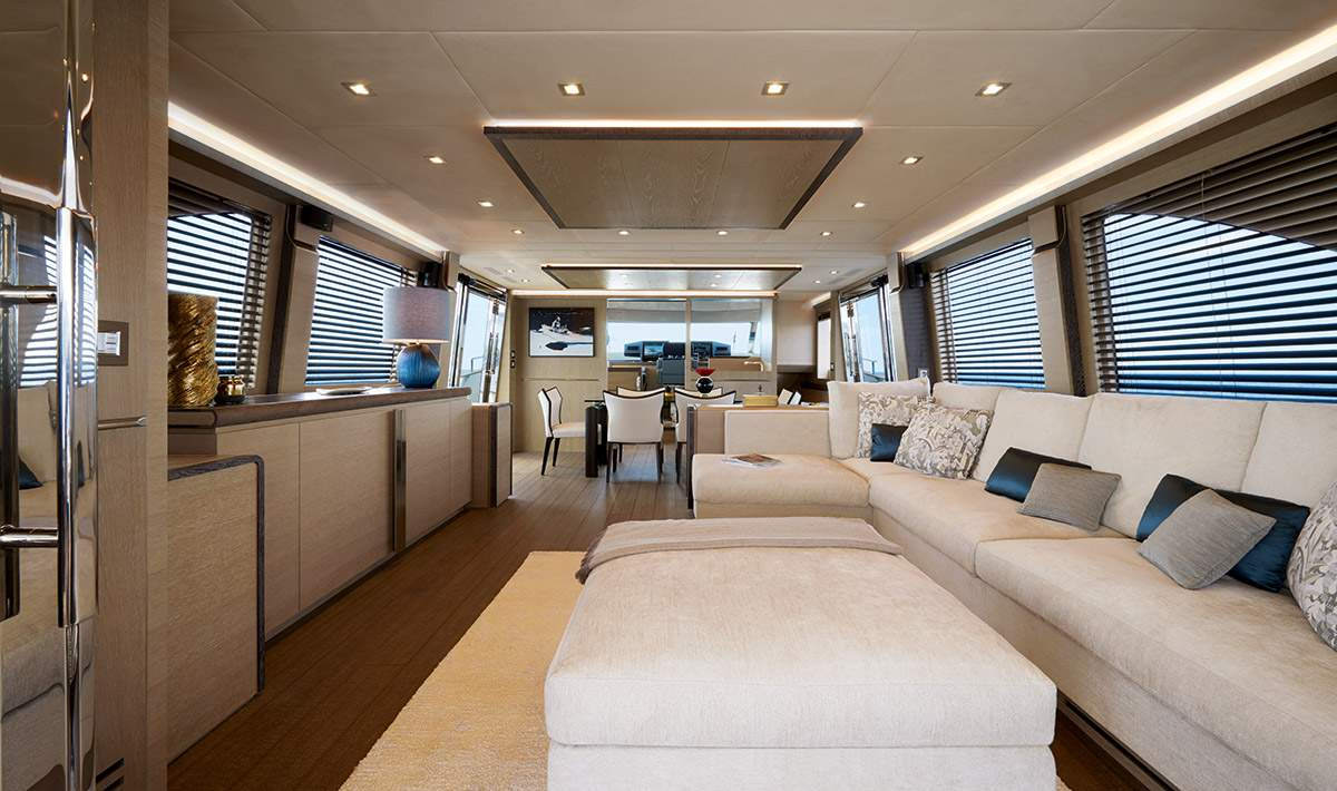 Monte Carlo MCY 80 yacht for sale - salon