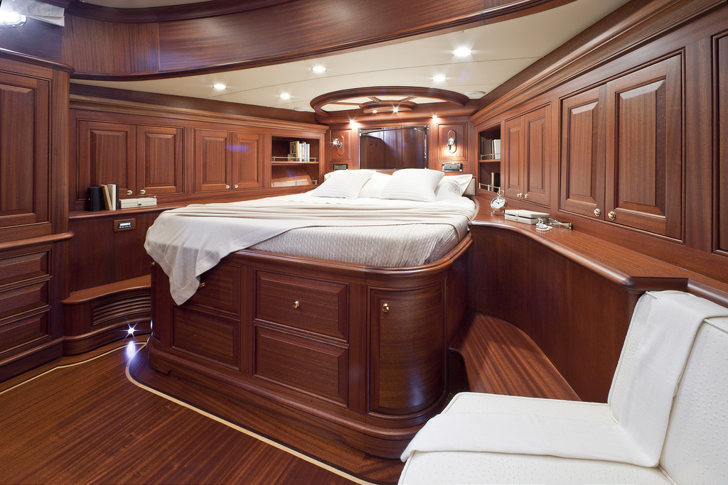 Vicem 96 Cruiser - guest stateroom