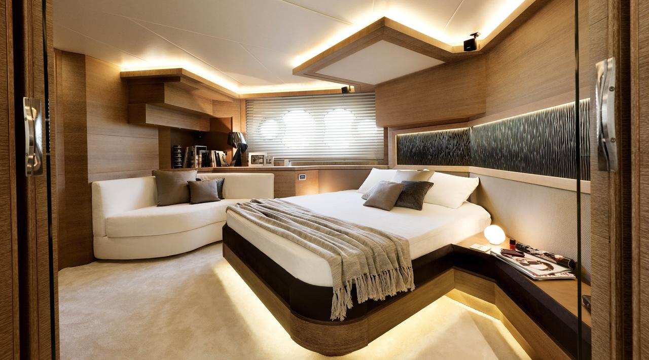 Monte Carlo MCY 76 yacht for sale - master stateroom