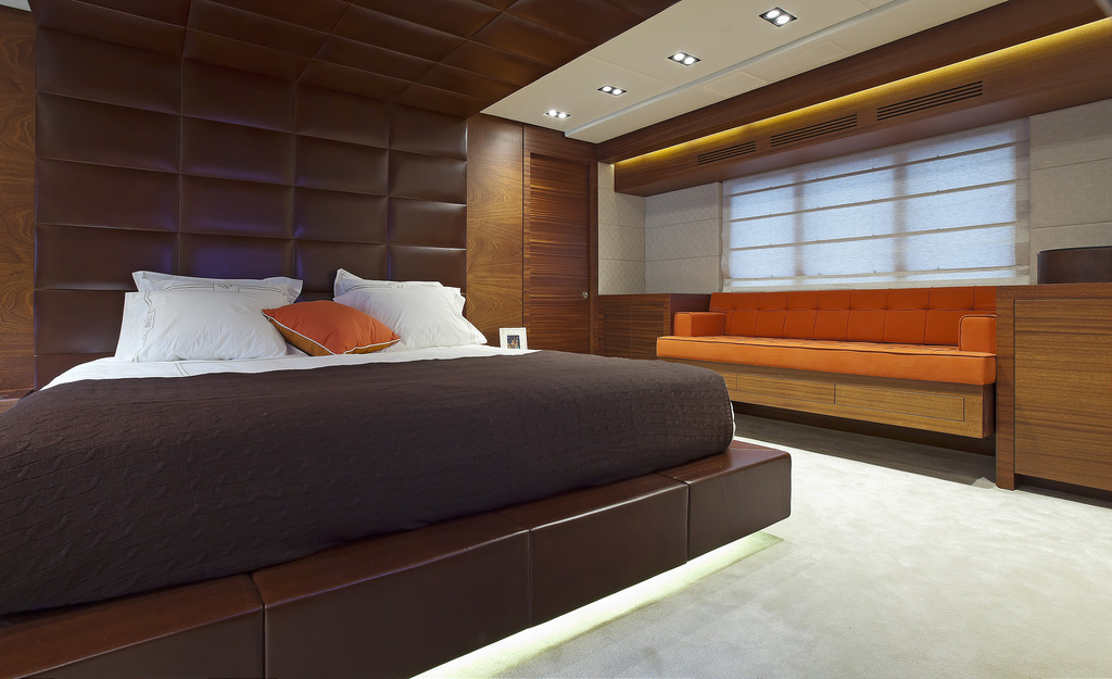 Vicem 107 Cruiser - Master Stateroom