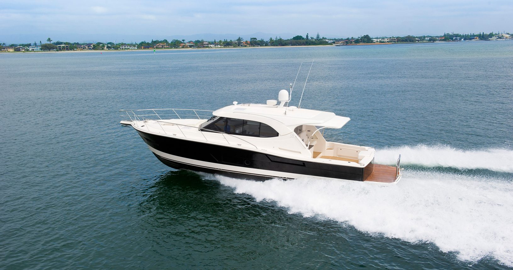 Riviera 445 SUV for sale - Running