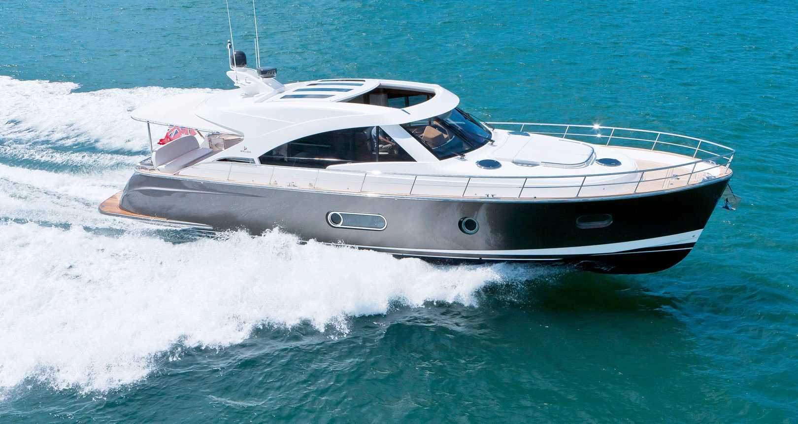 Belize 54 Sedan motoryacht for sale
