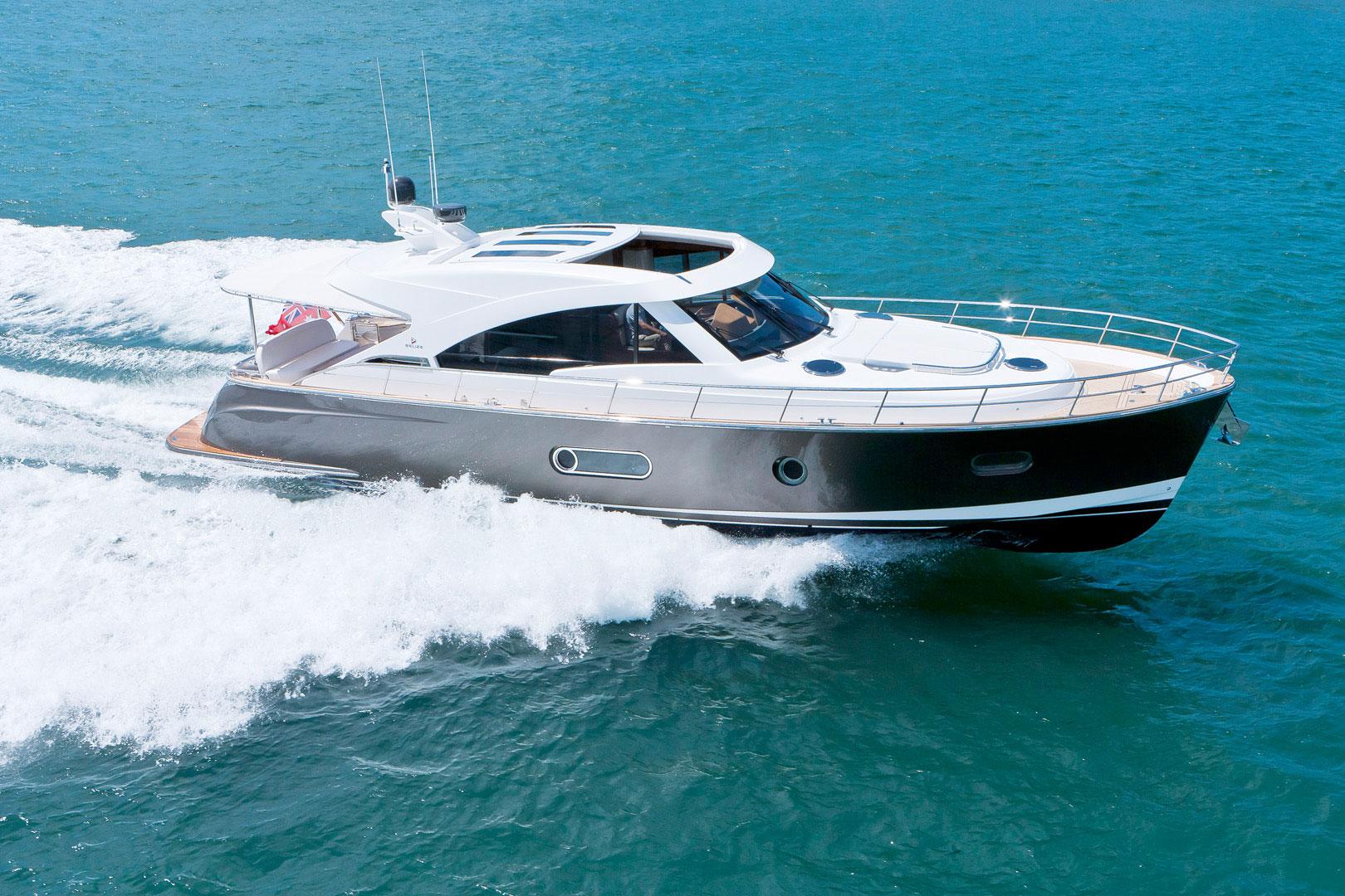 New Belize 54 Sedan Motoryacht For Sale Sys Yacht Sales