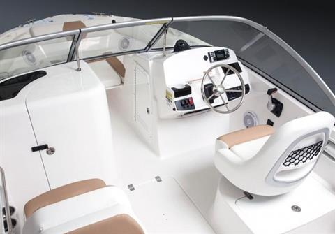 Edgewater 205CX for sale - helm