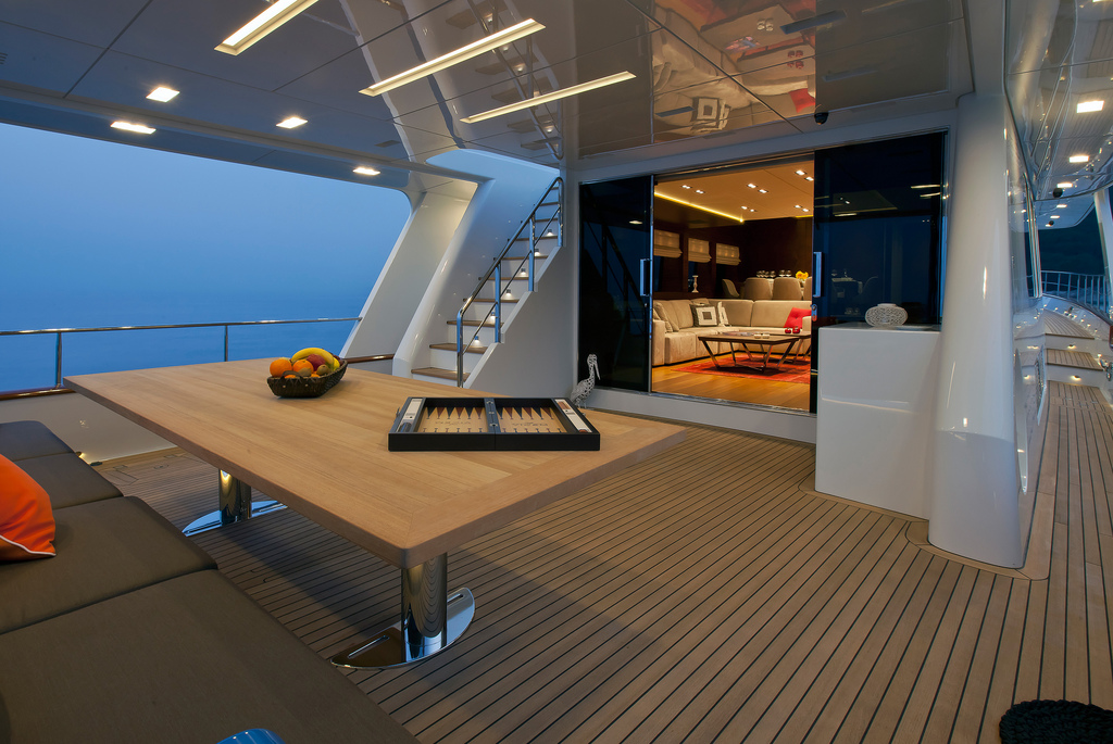 Vicem 107 Cruiser - Aft Deck