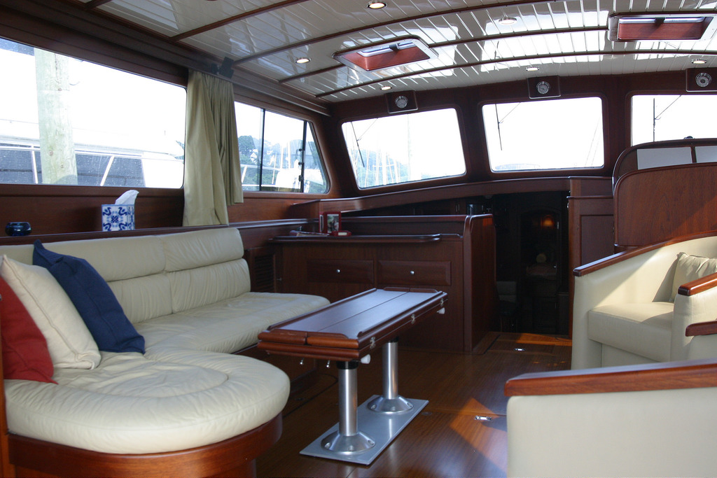 Vicem 58 Classic Flybridge - Salon