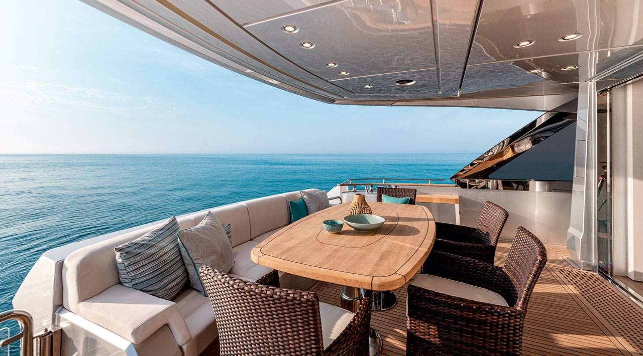 Monte Carlo Yachts MCY 76 Back Deck Seating