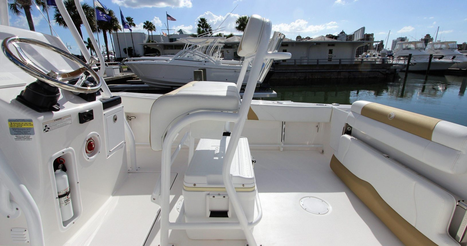 Edgewater 208CC for sale - helm seating