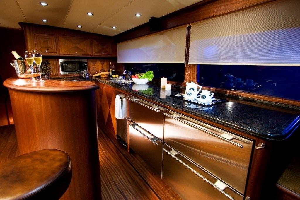 Vicem 63 Sportfish for sale - galley