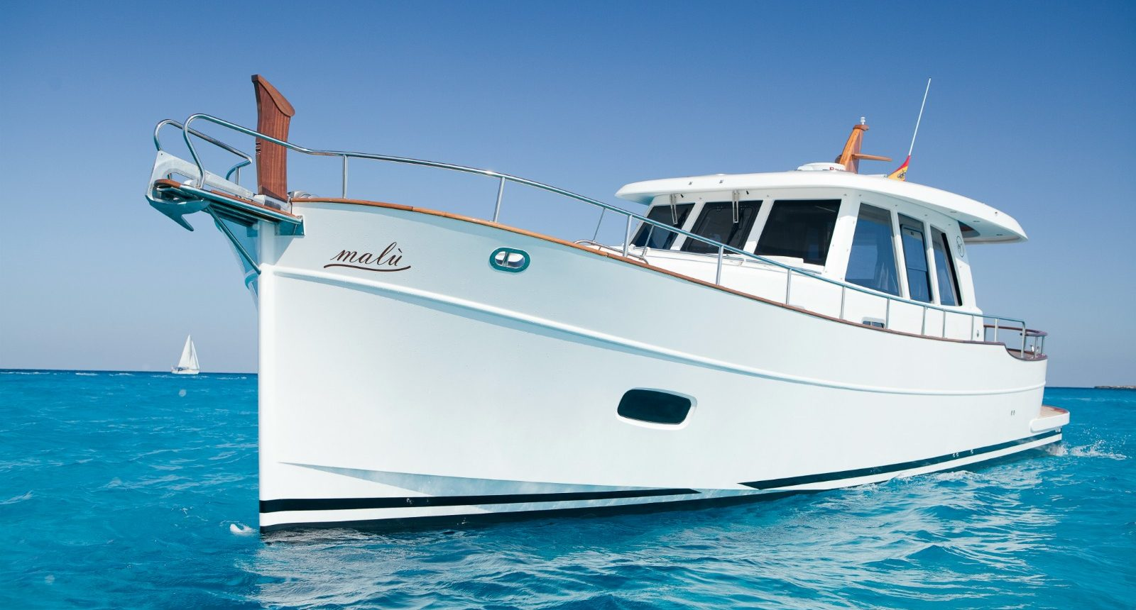 Minorca Islander 42 yacht for sale