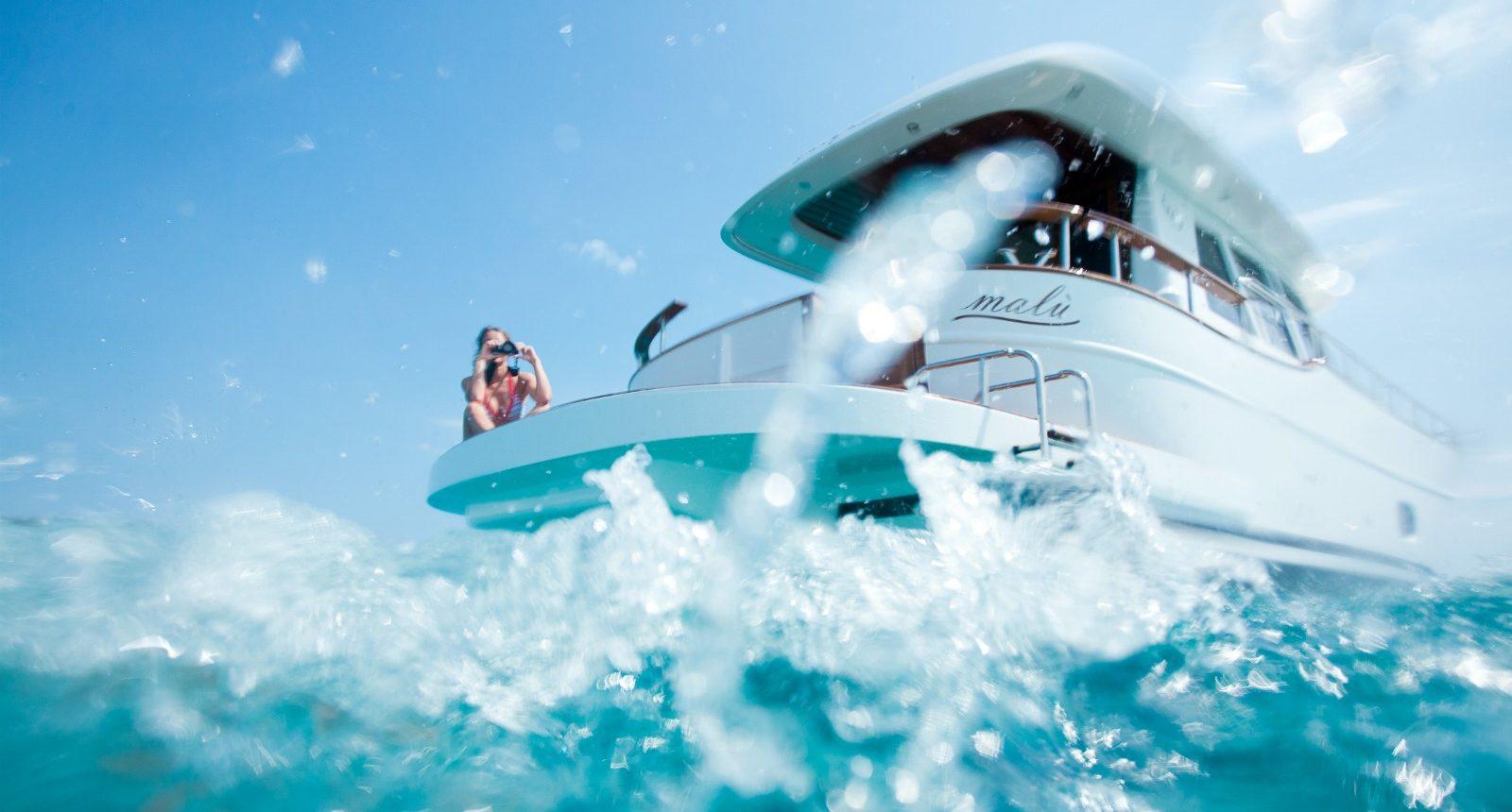 Minorca Islander 42 yacht for sale - anchored