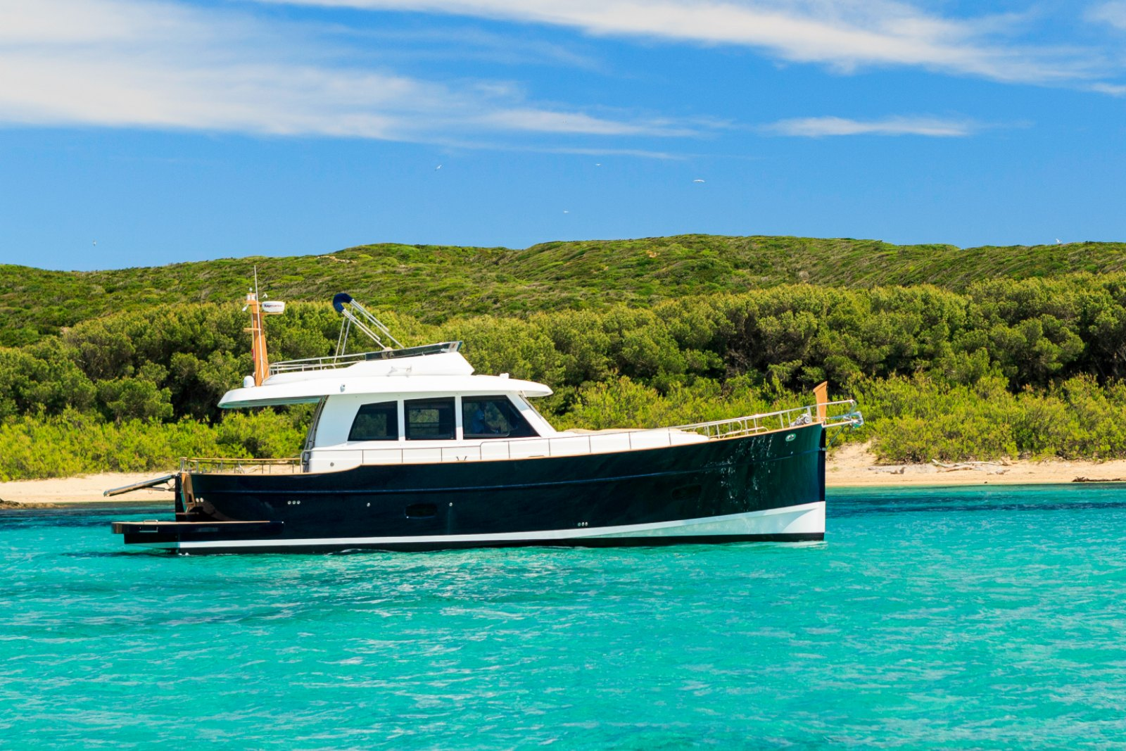 Minorca Islander 54 Flybridge for sale - profile