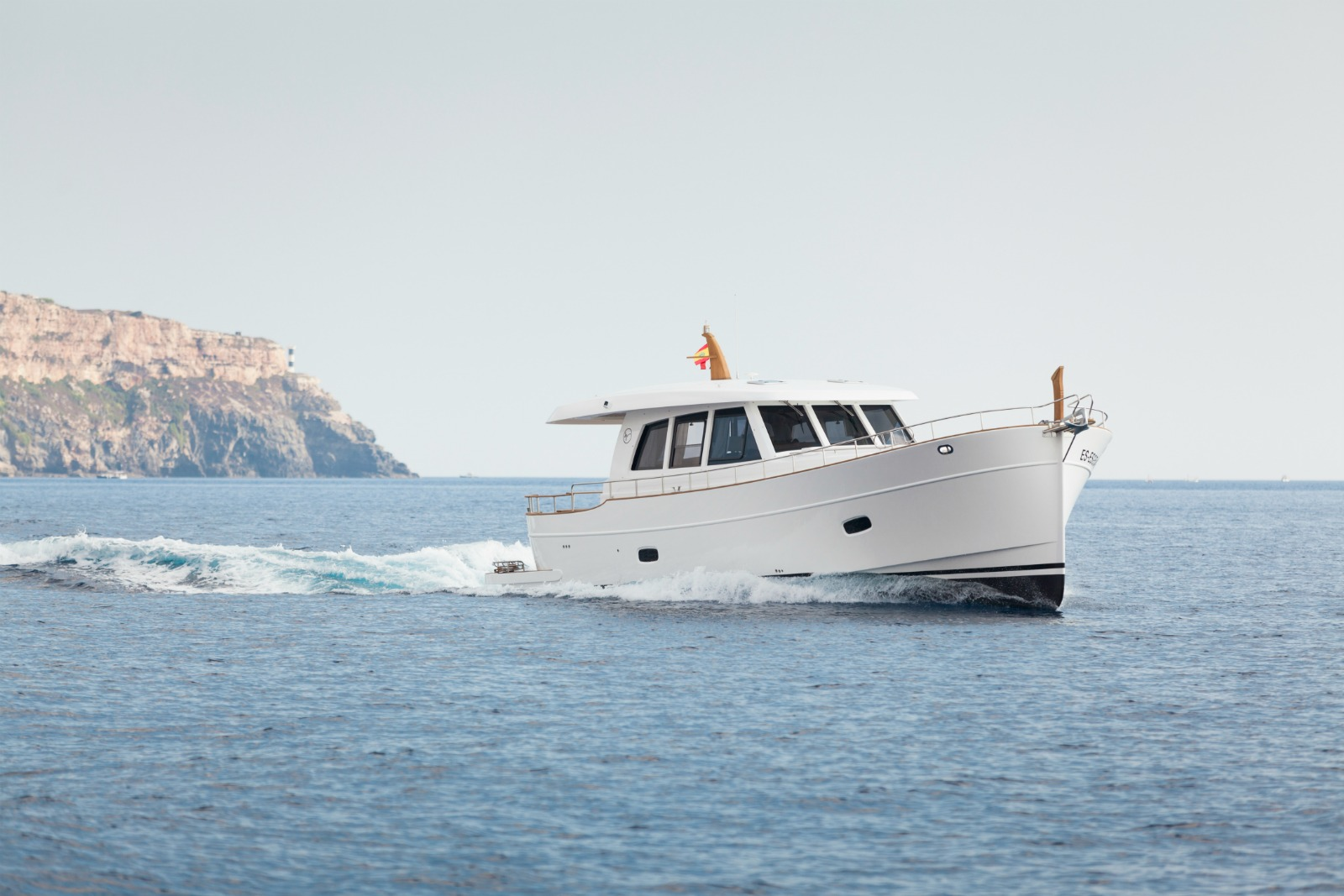 Islander 54 yacht for sale