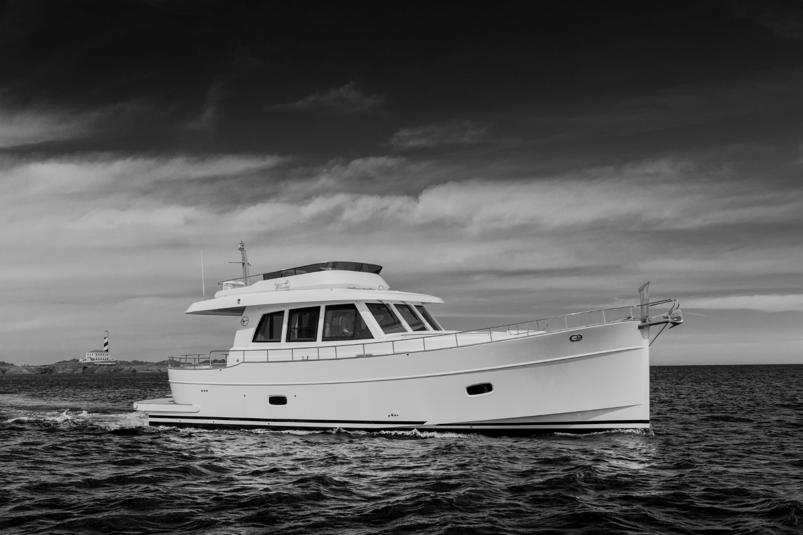 SYS Yacht Sales offers new minorca yachts for sale