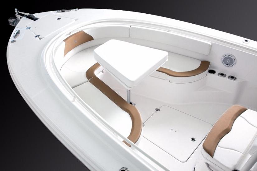 Edgewater 318CC for sale - bow seating