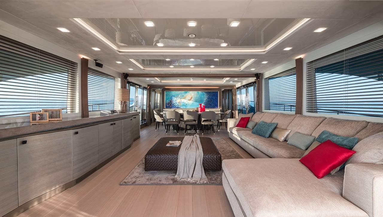 Monte Carlo MCY 96 yacht for sale - salon