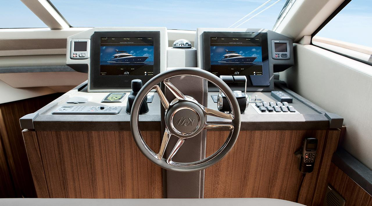 Monte Carlo Yachts MCY 65 for sale - helm