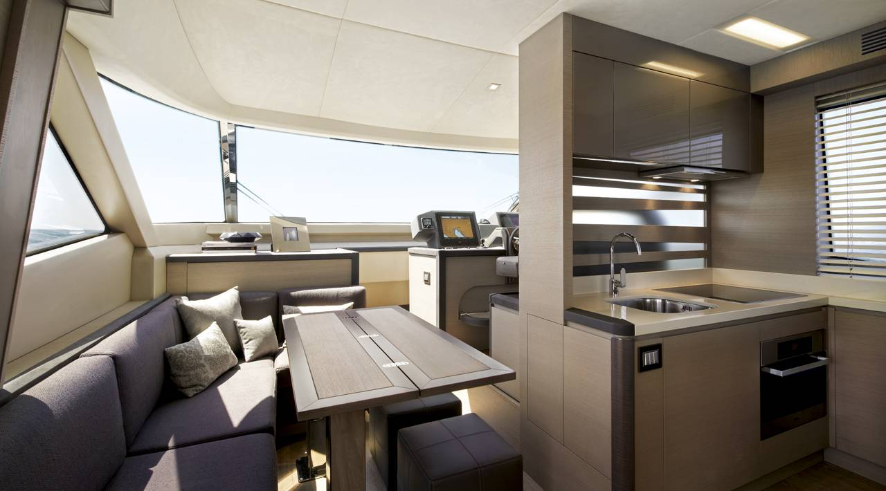 Monte Carlo Yachts - MCY 70 for sale - galley