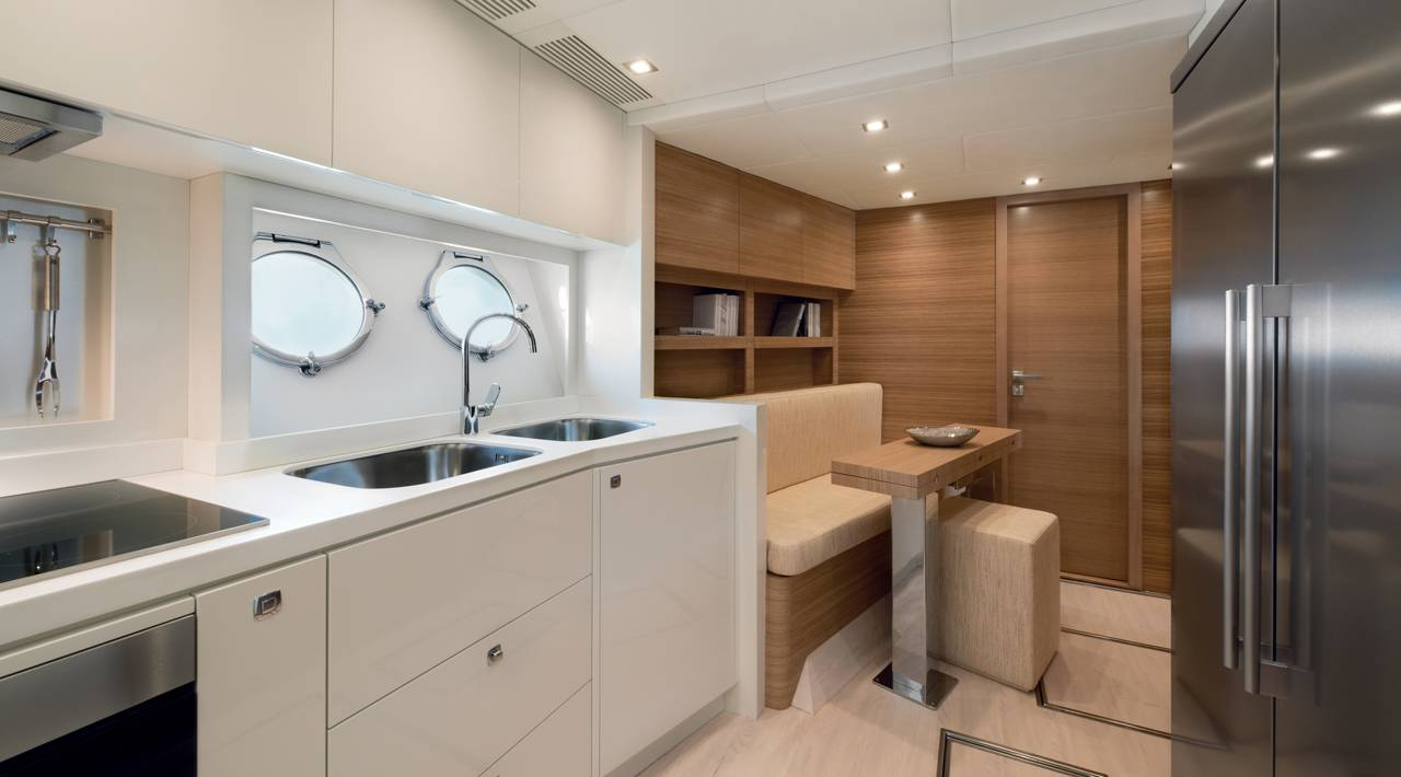Monte Carlo Yacht MCY 86 for sale - Galley