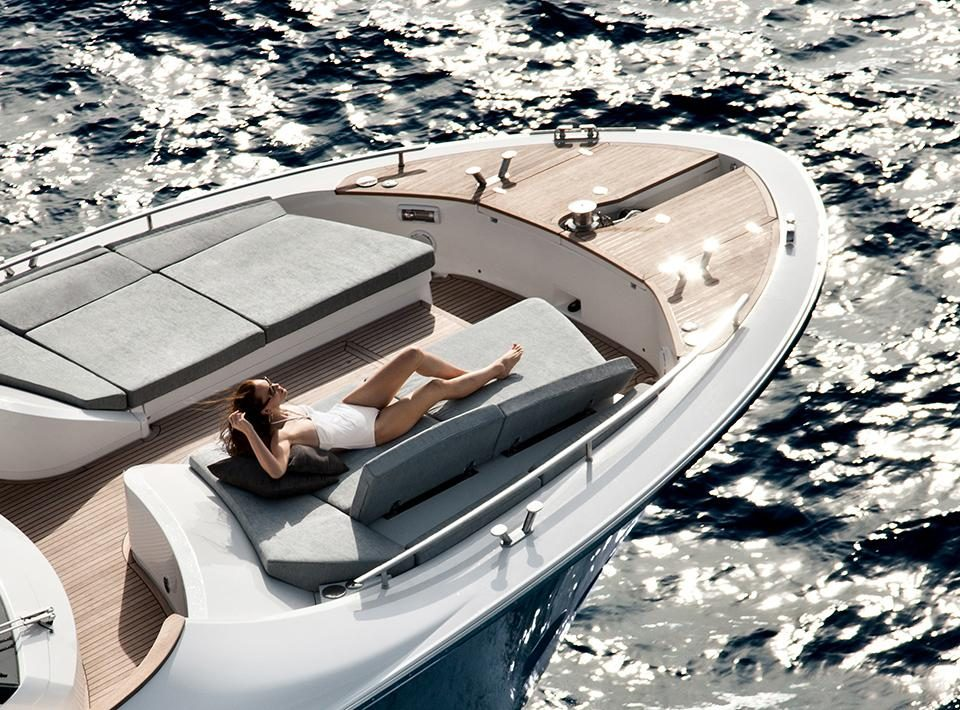 Monte Carlo Yachts MCY 65 for sale - bow seating