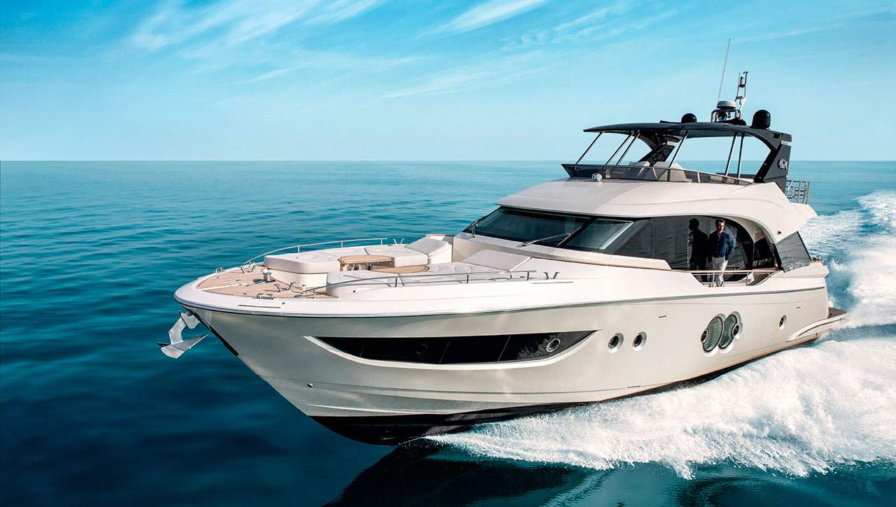 Monte Carlo Yachts MCY 70 underway