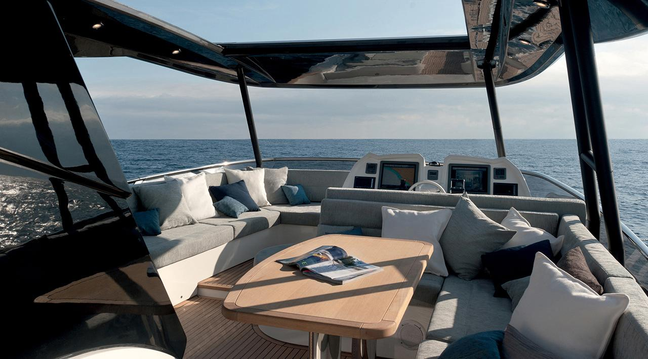 Monte Carlo Yachts MCY 65 for sale - flybridge seating