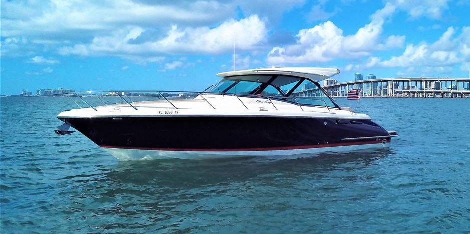 Used Chris Craft Boats for Sale worldwide, including the Chris Craft Constellation, Commander, Challenger, Catalina, Sportfish and more