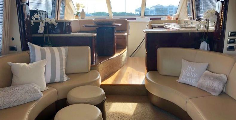 2008 Sea Ray 58 Sedan Bridge - Salon