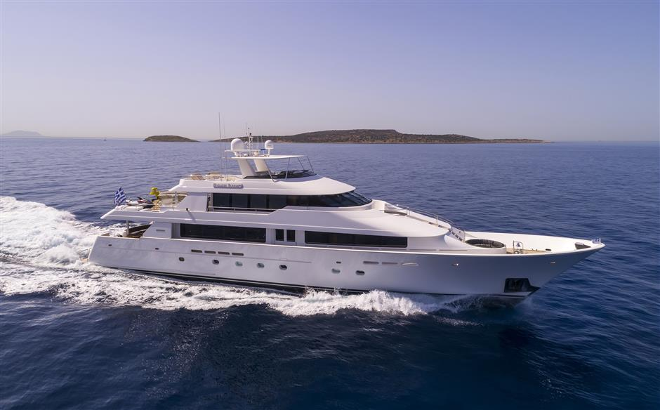 Used Yachts For Sale From 101 To 130 Feet - SYS Yacht Sales