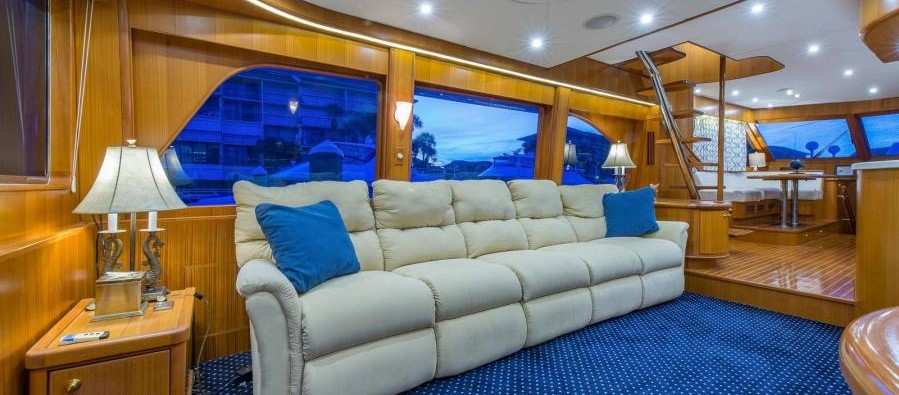 2004 66 Symbol Flush deck pilothouse Motoryacht sold - salon