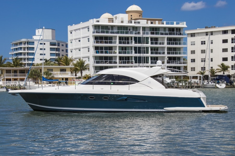 2009 Riviera 4700 Sport Yacht for sale
